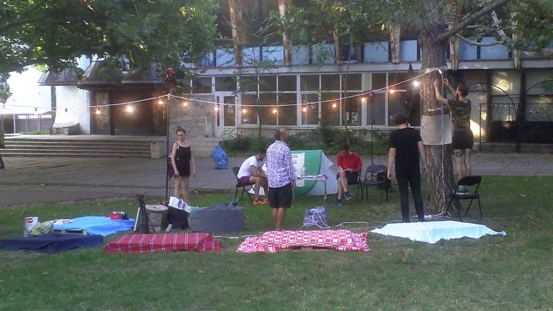 OccupyGuguta a revenit cu cortul în parc - Curaj.TV