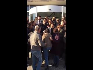 Первая видеозапись с освобожденными после допроса в Анкаре журналистами Sputnik Турция. Видео РИА Новости.