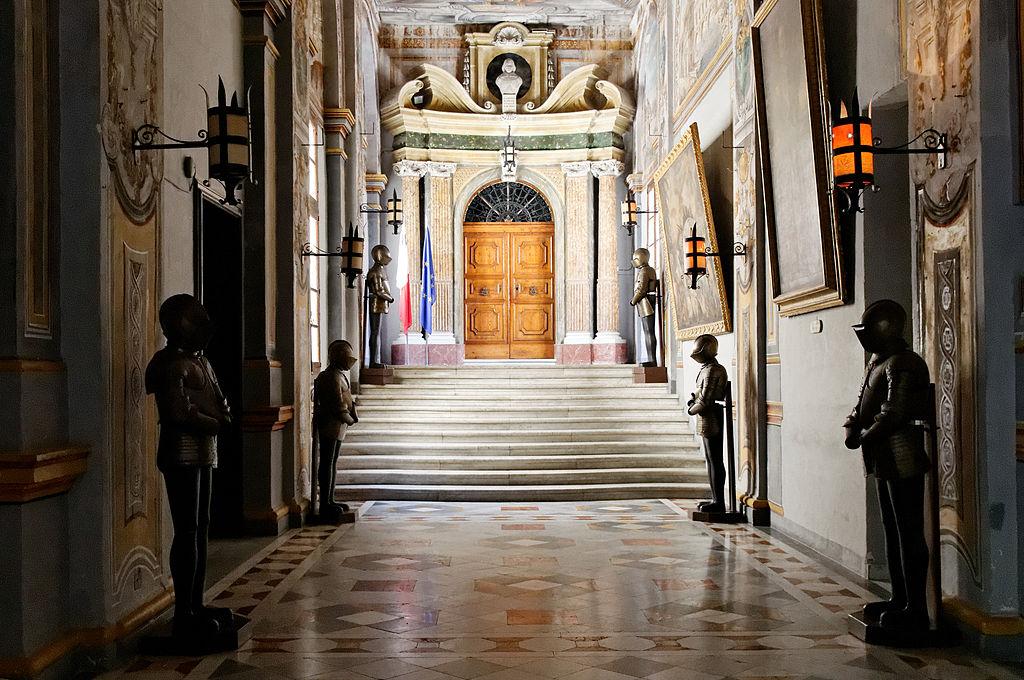 h1X3XnUSybk Дворец великого магистра в Валлетте.
