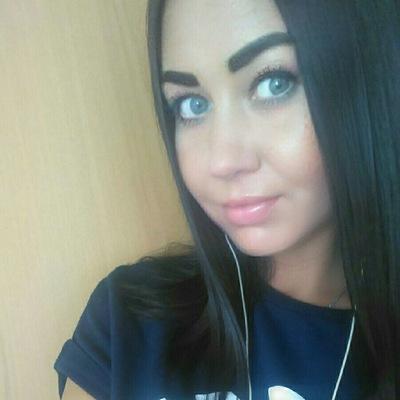 Анна Астафьева