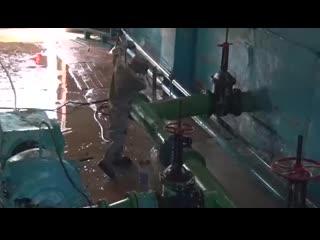 Военнослужащие цво пришли на помощь жителям тулунского района, который подвергся сильнейшему паводку.