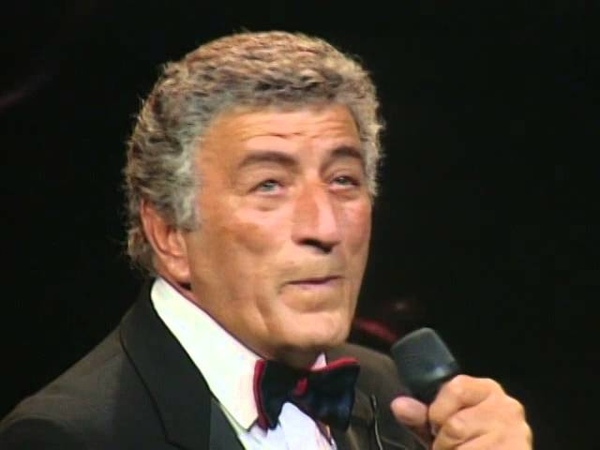 Tony Bennett - On The Sunny Side Of The Street - 961991 - Prince Edward Theatre (Official)