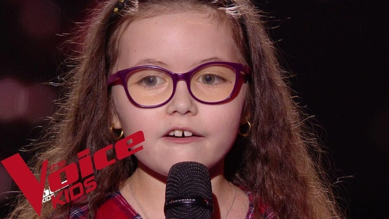 Serge Lama Je suis malade Emma The Voice Kids France 2018 Blind Audition