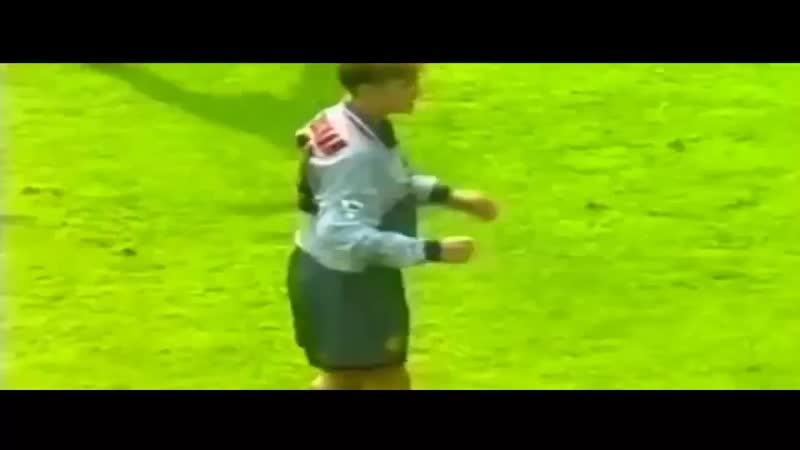 Дэвид Бекхэм Манчестер Юнайтед гол Астон Вилле 1995 год
