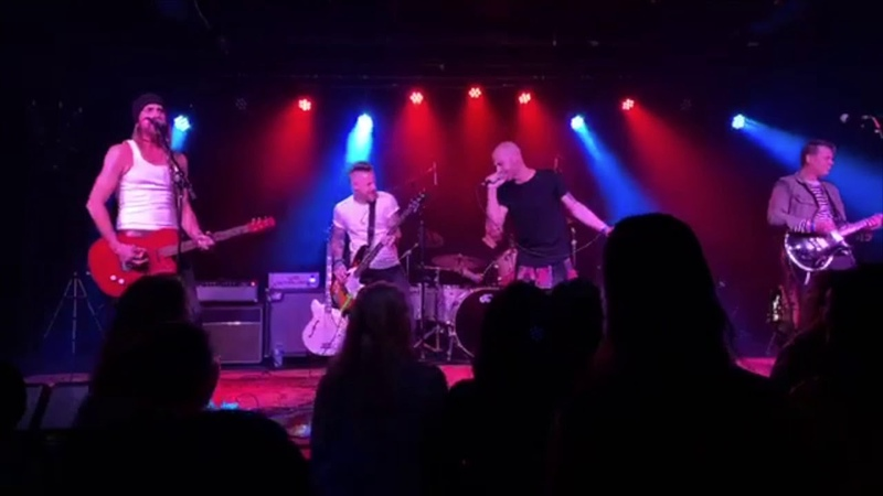 Daughtry Fell On Black Days Soundgarden cover Live at Grunge Night 4