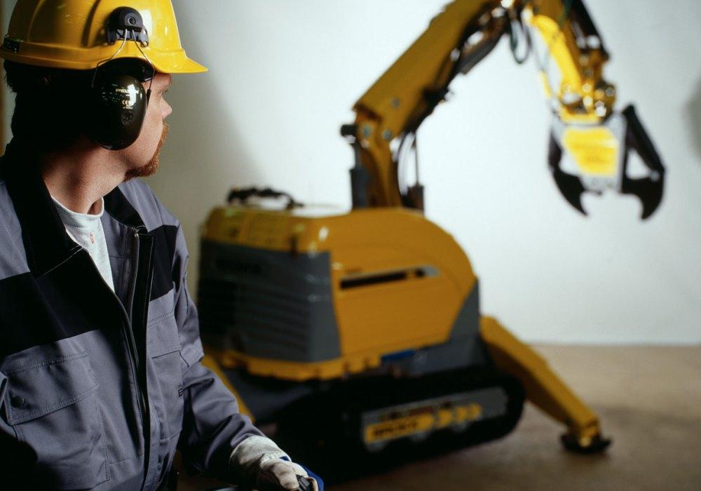 Дистанционно управляемые роботы Брокк обеспечивают высокий уровень безопасности