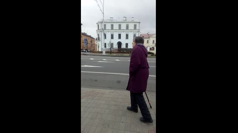Тётка просит помочь деньгами или продуктами рассказывая сказки про убитого в Испании сына