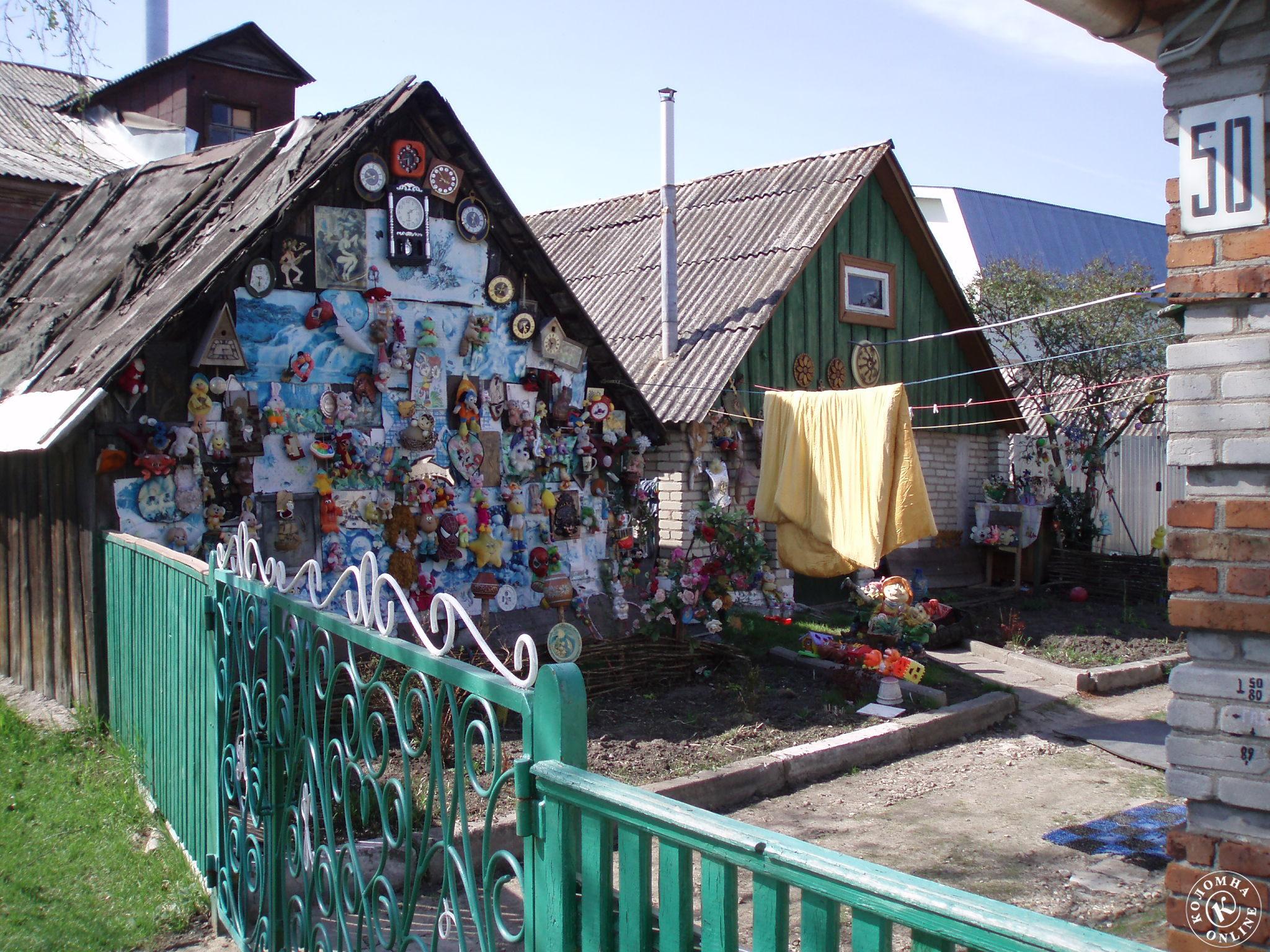 Пенсионерка устроила кукольное царство в собственном доме в Коломне