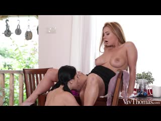 Dorothy Black and Kira Queen - Stacked Celebration [Lesbian]