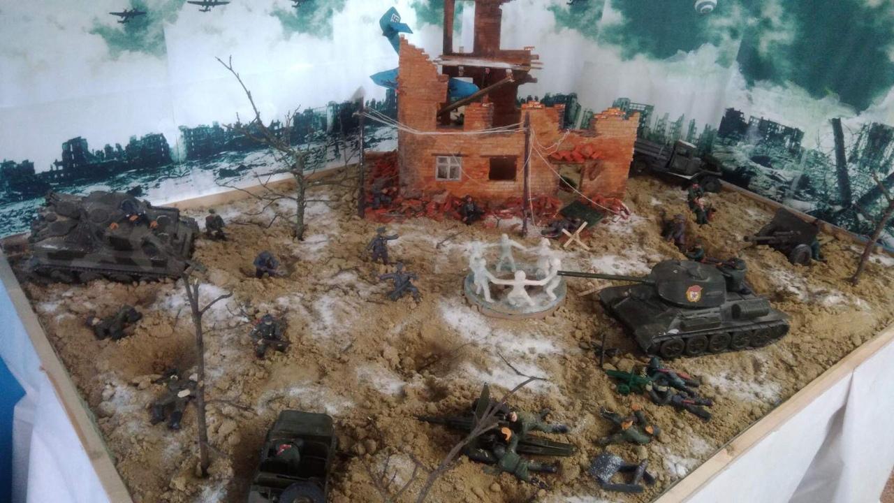 Жители посёлка Пригородный Петровского района создали диораму, посвящённую масштабному сражению периода Великой Отечественной войны