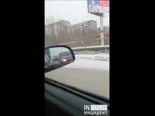 Дтп на перекрёстке комсомольская/хрустальная