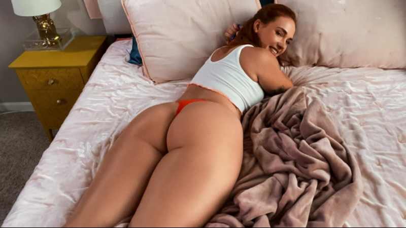 Siri Dahl Siri Gets Caught And Fucked By Her Roomie Amateur Sex Milf POV Big Natural Tits Juicy Ass