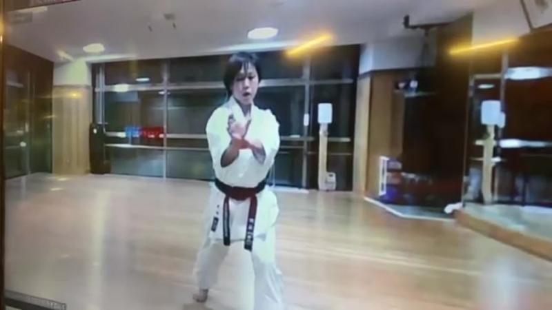 каратэ сётокан ката Канку Шо сэнсэя Саори Окамото 4 Дан JKS Чемпионка Мира из Японии 11 09 20