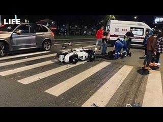 Два мотоциклиста врезались в такси в Зеленограде