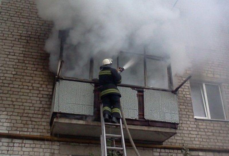 В Таганроге на улице Москатова произошел пожар в пятиэтажке