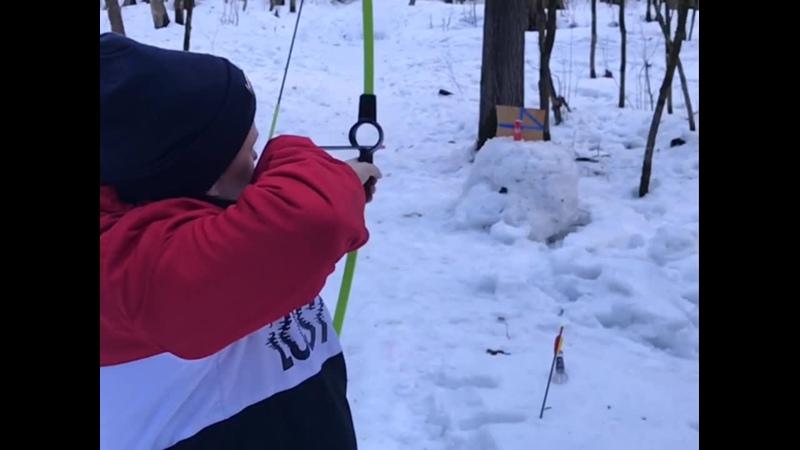 Саша Ah стрельба с тупыми стрелами