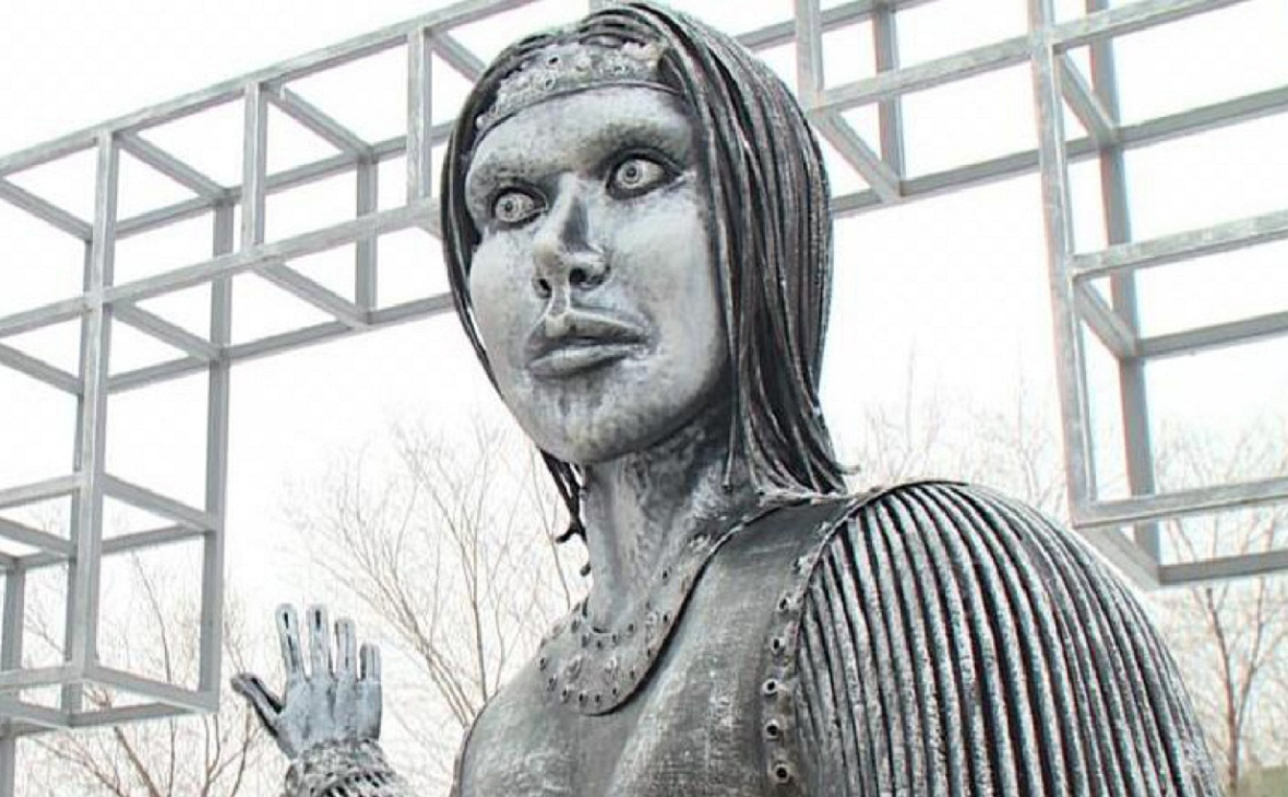 Ужасные скульптуры российских городов