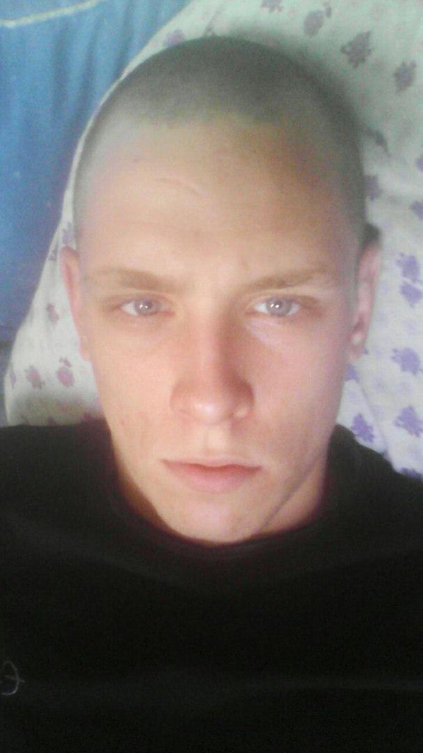 Артём, 27, Kiselevsk