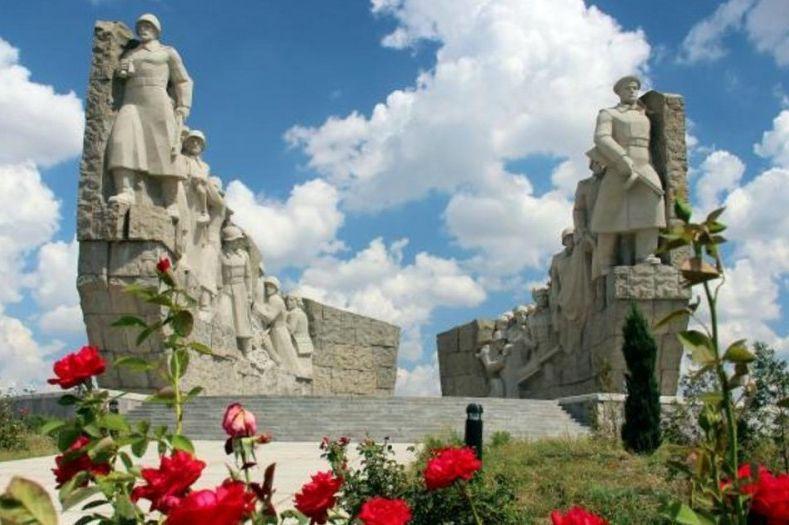 В Ростовской области создадут детско-юношеский патриотический книжный сборник