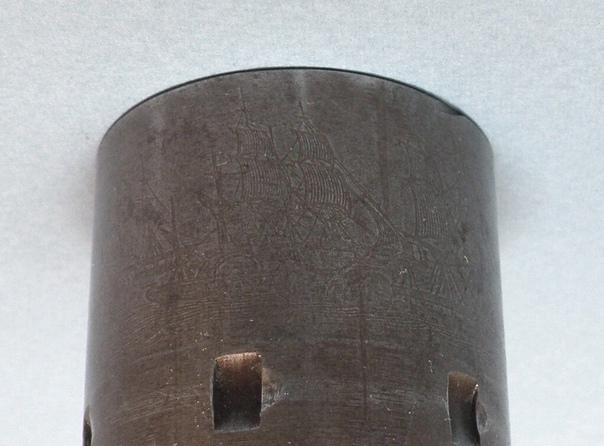 Кольт Модель 1851 Нэви (Colt Model 1851 Navy). Один из самых популярных револьверов знаменитой фабрики Сэмюэля Кольта - Кольт 1851 Нэви.Капсюльный шестизарядный револьвер. Калибр 36. Семь