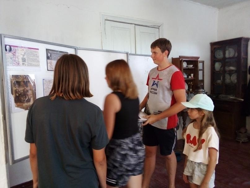 Подготовка экспозиции, изображение №2