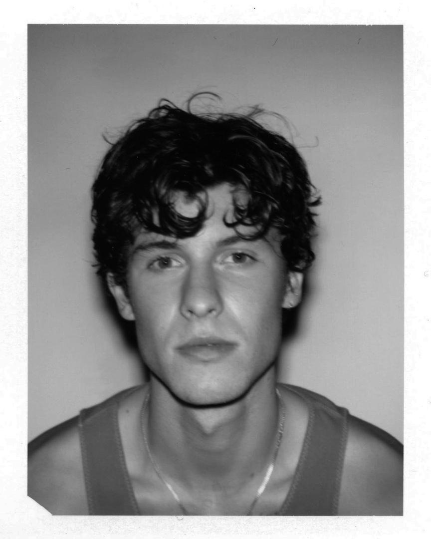 фото из альбома Shawn Mendes №4