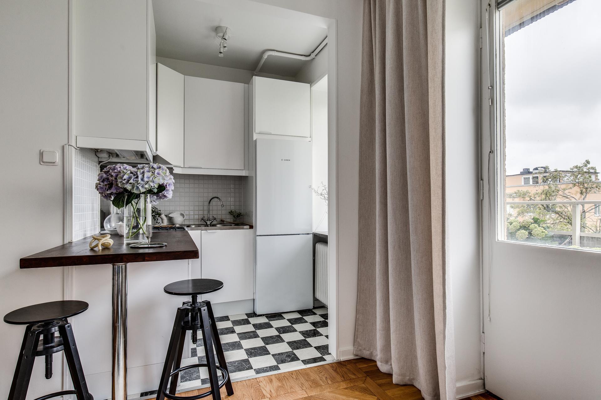 Обстановка квартиры-студии почти 27 кв.