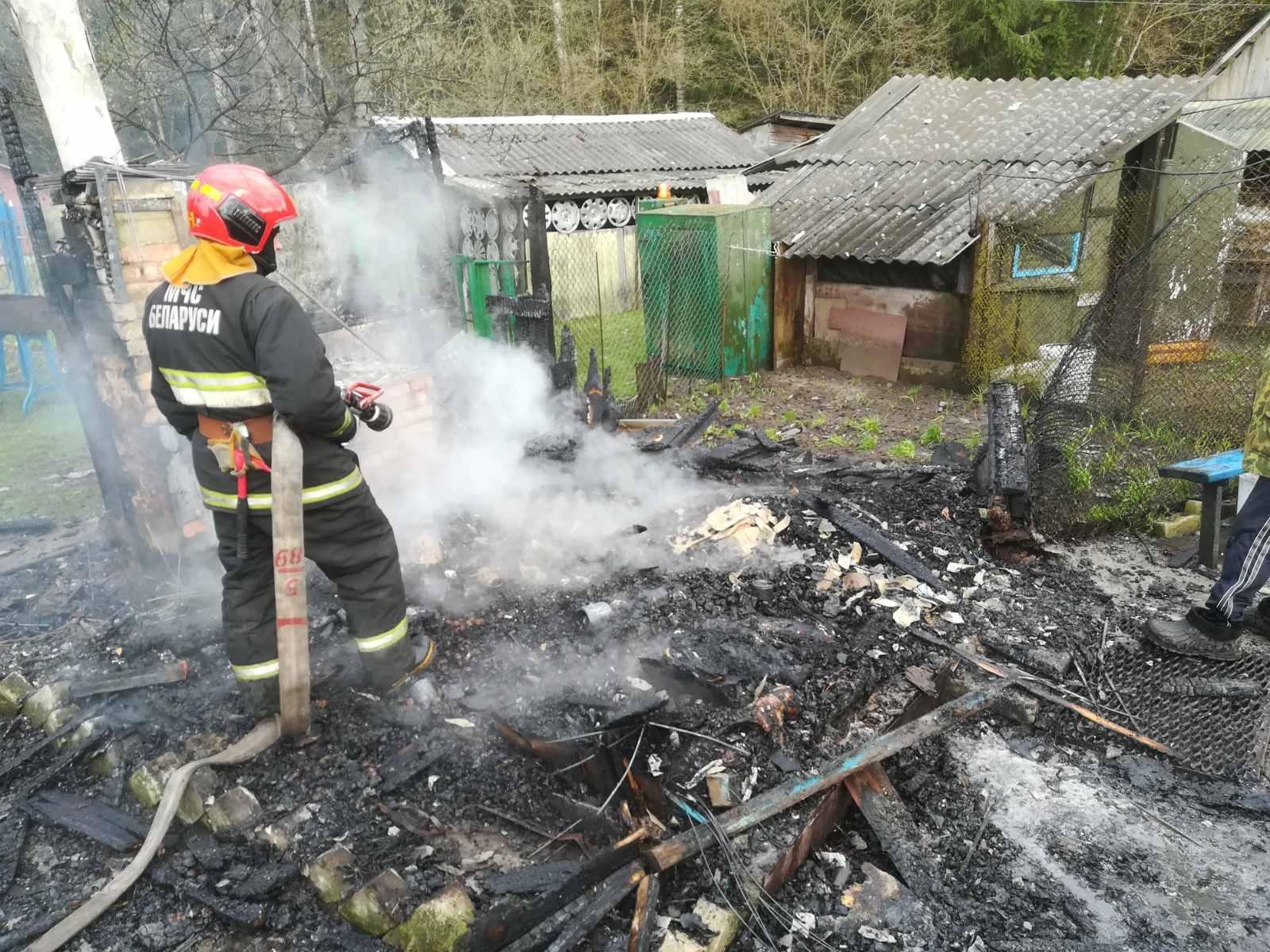 Два пожара произошли вчера в Лидском районе.