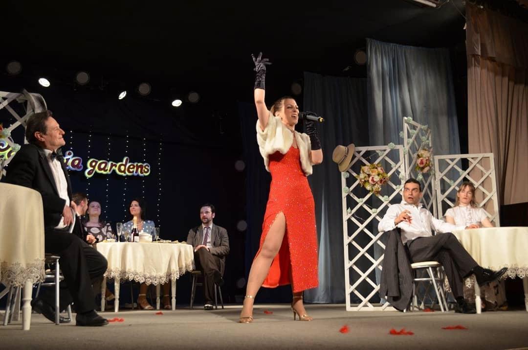 """Актёры московского театра """"Курсив"""" представили петровчанам спектакль """"Hello, Dolly!"""""""