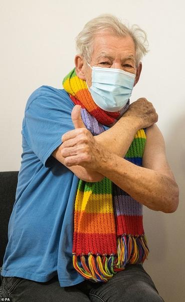 Сэр Иэн Маккеллен вакцинировался от коронавируса