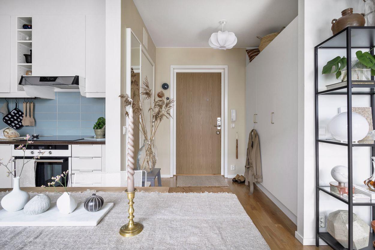 Интерьер скандинавской квартиры-галереи 30 кв.