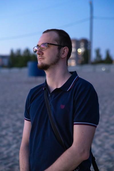 Влад Литовченко