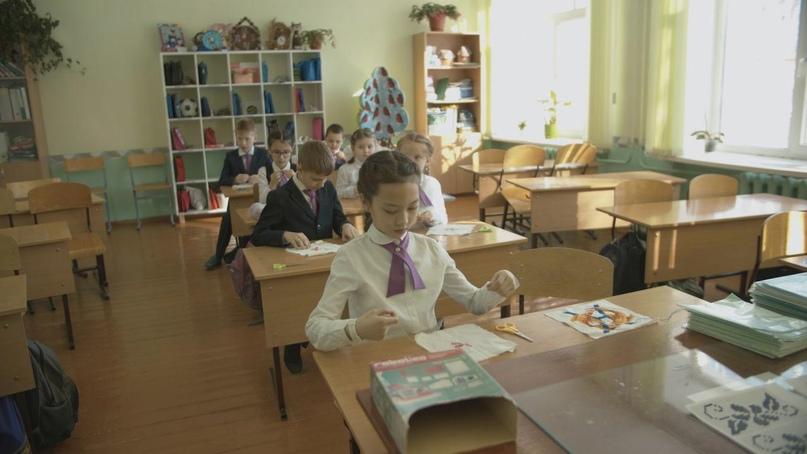 «Открытая школа»: в Татарстане запустили YouTube-канал в стиле школьного «ревизорро», изображение №1