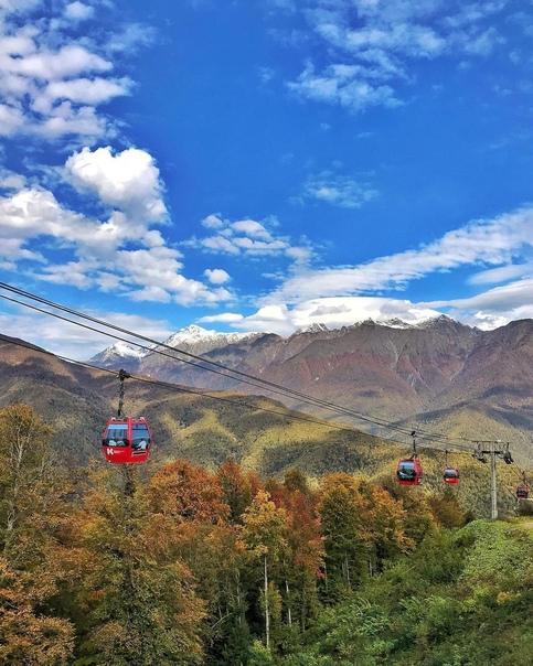 Если осень в горах, то такая и в Красной Поляне  Ждёте начало сезона в горах?  источник... Сочи