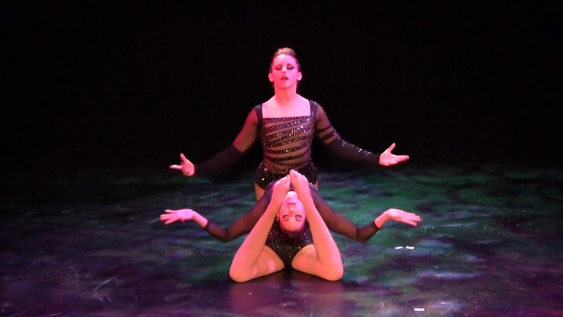 Duo Contortion