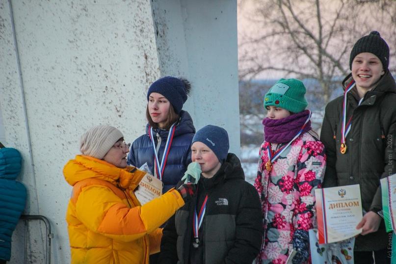 Главные отечественные ледолазные старты сезона финишировали в городе Кирове в минувшие выходные – чемпионат и первенство России по альпинизму. Всем было что доказывать и что терять…, изображение №99