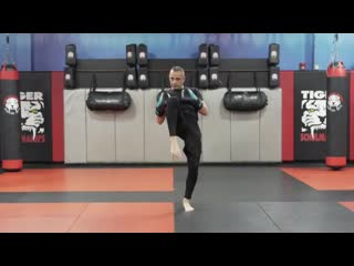 Kickboxing Classes for Adults - E1 - Intermediate - Shihan R. Schulmann _ Tiger