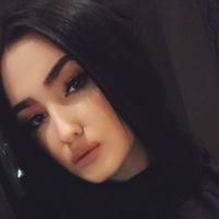Майя Беккер