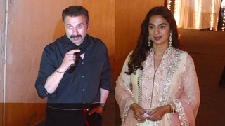 Sunny Deol and Juhi Chawla at Padmini Kolhapure's Son Priyank's Sangeet | Shudh Manoranjan