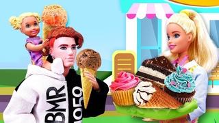 Barbie abre una nueva cafetería. Castillo mágico. Videos de Barbie en español