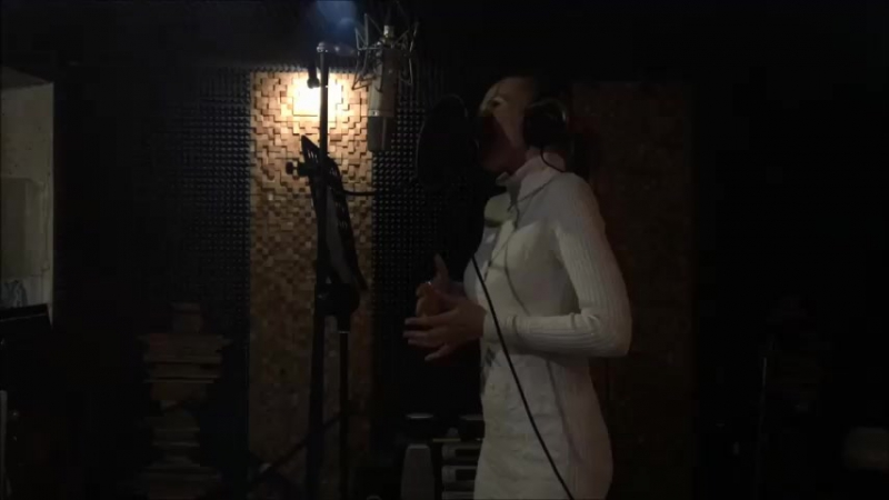 Запись песни ОДЕНЬТЕСЬ В ЛЮБОВЬ в студии Brand Music Records г Москва