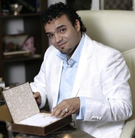 Победитель «Битвы экстрасенсов» предостерег об опасности селфи. Аура портится, считает Мехди Эбрагими Вафа.Верите в это или