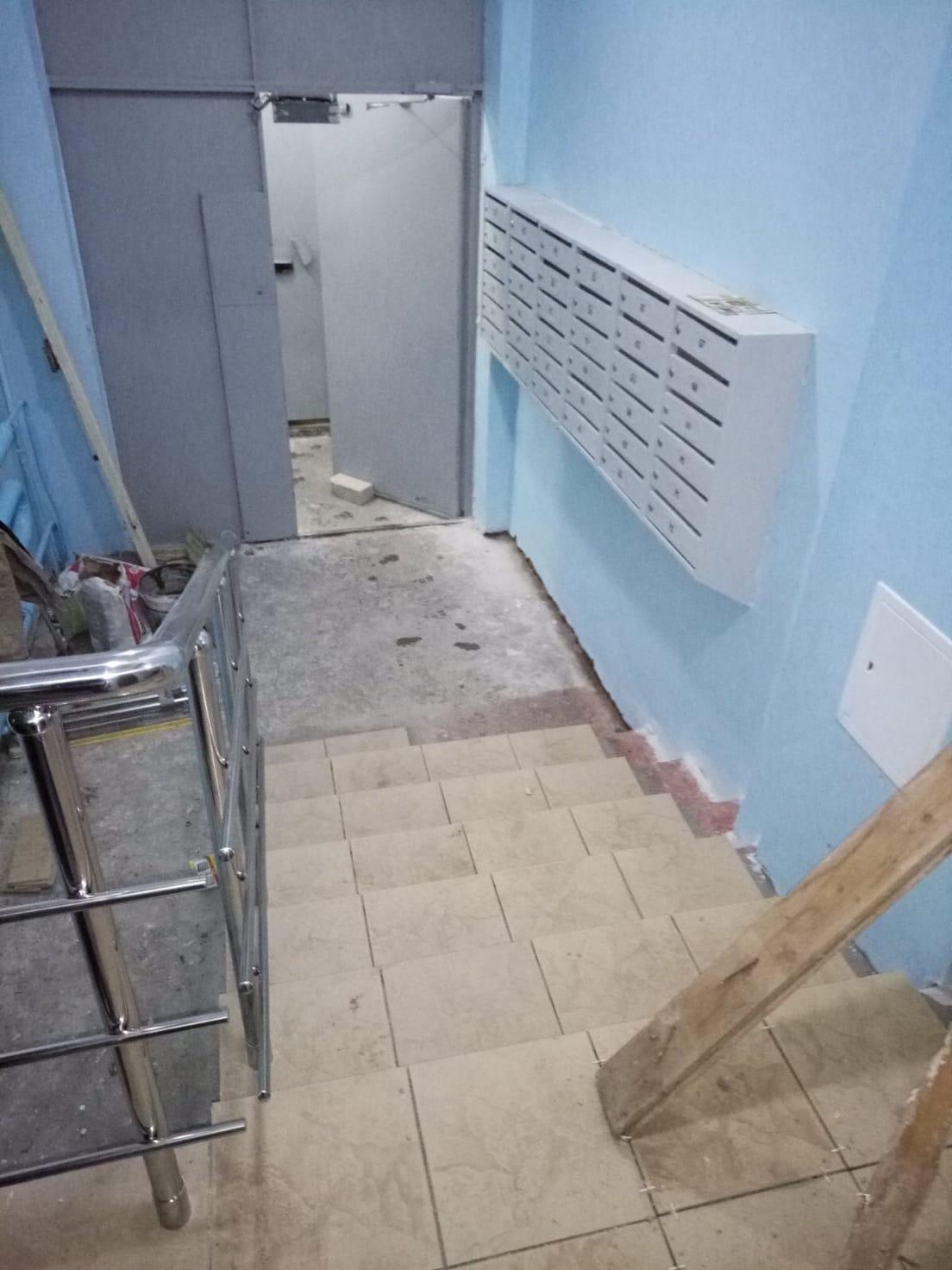 Декоративный ремонт подъезда 2 улица Профсоюзная дом