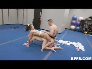 BFFS 19 12 10 Olivia Grey, Abigail Peach, Bella Rolland - Cum Pao