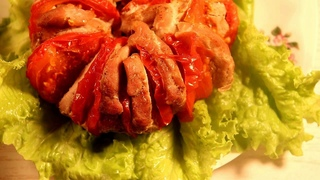 🍖СВИНИНА, запеченная в духовке С ПОМИДОРАМИ🍖Pork baked in the oven with tomatoes